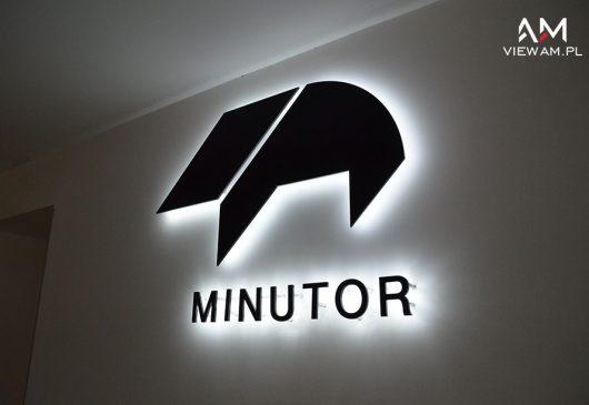 litery_halo_led_minutor_slask